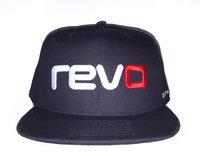 REVO Кепка с логотипом и хэштэгом